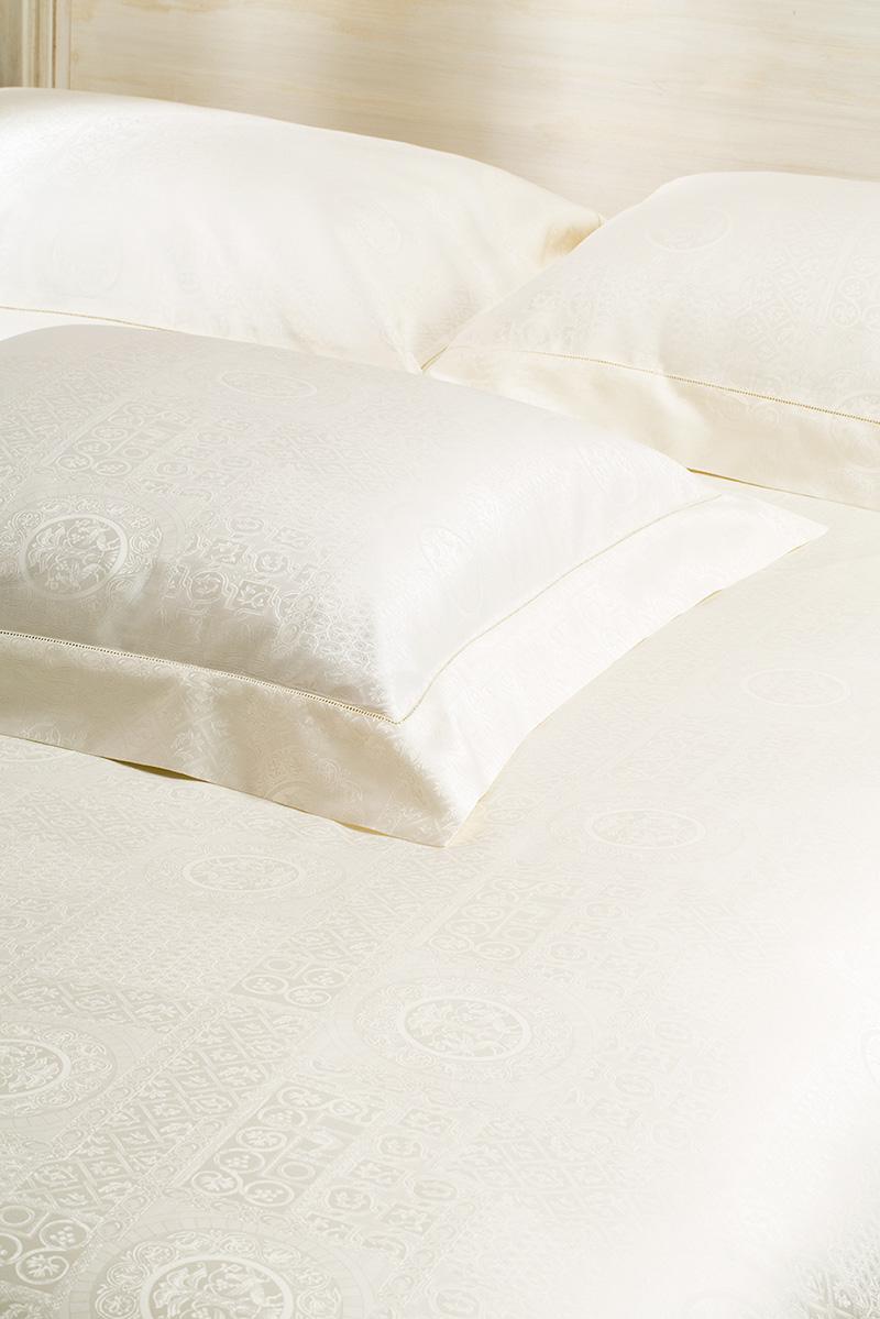 Medaillon housse de couette lisa galimberti luxury bed linen - Choisir taille housse de couette ...